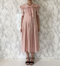 crepe pink 1920s inspired vintage 90s linen dress by minminvintage