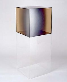 Larry Bell, Cube #31 (Amber)