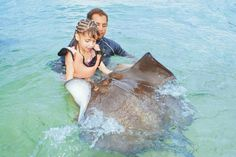 Rays Encounter - Stingray Beach Cozumel, Mexico. A must do, we had so much fun snorkeling with the sting rays✔️