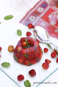 Wild Strawberries in Prosecco Jelly with Elderflower Syrup from @Rowena Dumlao Giardina | Apron and Sneakers
