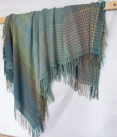 """Throw """"Through the water"""" - Terra Mama Fringes, Hand Weaving, Colours, Pure Products, Wool, Blanket, Yellow, Water, Water Water"""