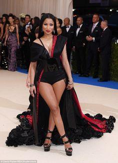 Nicki Minaj from 2017 Met Gala: Red Carpet Arrivals Nicki Minaj Outfits, Nicki Minja, Nicki Minaj Barbie, Nicki Minaj Pictures, Photo Star, Meagan Good, Met Gala Red Carpet, Mode Style, Divas