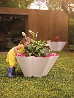 Arredi da giardino per i bambini: la collezione Agatha