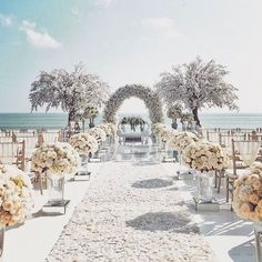 Top 10 Luxury Wedding Venues to Hold a 5 Star Wedding - Love It All Wedding Goals, Wedding Sets, Wedding Ceremony, Beach Wedding Aisles, Wedding Church, Wedding Quotes, Wedding Receptions, Wedding Attire, Garden Wedding