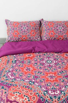 Magical Thinking Medallion Sham - Set Of 2 - Urban Outfitters