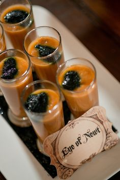 Pin for Later: You'll Be Creepily Captivated by This Addams Family Engagement Party Photo by Marc Edwards Photographs Halloween Food For Adults, Halloween Treats, Halloween Party, Halloween Foods, Halloween Desserts, Halloween 2017, Halloween Stuff, Happy Halloween, The Addams Family Halloween