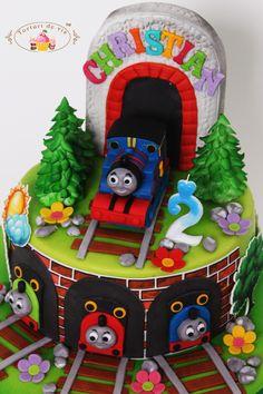 Torturi - Viorica's cakes: Trenuletul Thomas pentru Christian 4th Birthday Parties, Birthday Cake, Kid Parties, Thomas Cakes, Thomas The Train, Cakes For Boys, Cake Art, Cake Designs, Amazing Cakes