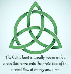 celtic symbols and meanings irish knots ~ knots meaning Arte Viking, Tattoo Und Piercing, Irish Blessing, Celtic Art, Celtic Dragon, Celtic Decor, Celtic Crosses, Celtic Designs, Celtic Patterns