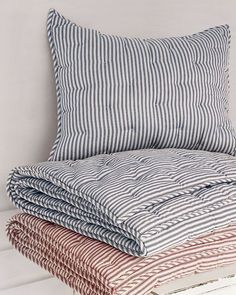 Small Place Style: Ticking Stripe (old Pottery Barn stock) Ticking Fabric, Ticking Stripe, Striped Linen, Farmhouse Style Bedding, Farmhouse Fabric, Farmhouse Table, Futons, Small Places, Cushions