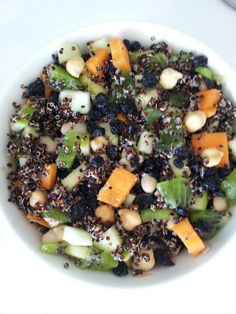 Carrot, chickpea, kiwi fruit, diced apple, Cannelloni beans, dried currants and quinoa salad