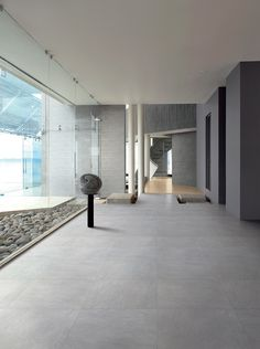 Coem produces tiles and ceramics for indoor and outdoor flooring, as well as wood, marble and stone effect porcelain stoneware wall tiling: high technological content, Italian design and manufacturing using environmentally friendly production methods. House Design, House, Living Room Flooring, House Flooring, House Inspiration, New Homes, Farmhouse Flooring, Flooring, Grey Floor Tiles