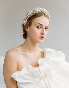 Just going to leave this right here... 🤤👼🏼 Shop the epic Medici Headband at jenniferbehr.com Bridal Veils And Headpieces, Dream Wedding, Wedding Day, Renewal Wedding, Headpiece Jewelry, Spring Wedding Colors, Wedding Hair Accessories, Wedding Styles, Headbands