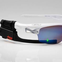The Sportsiiiis Heads-up Display  affixes to nearly any pair of glasses and lets you program its sequence of unintrusive, colored LED lights to the real-time info of your choice (speed, power, heart rate...), while a built-in speaker will announce your metrics with a single tap.