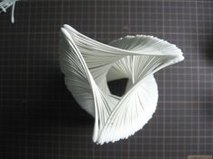 綿棒 アート Paper Engineering, Wood Architecture, 3d Printer Projects, Diy Letters, Crop Circles, Monochrom, Art And Technology, Building Design, Wood Art