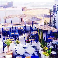 💙 This is one of my favorites in Essaouira!! 🔹Taros🔹terrace #medina #mogador #restaurant #coffe #view #sea #ocean #sky #blue #essaouira #morocco #lovemorocco #mydearmorocco 📷 @mihaela_pavisic 🔹💕🔸💥✨👏🔺✨🌿🔹💫👌