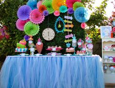 "Alice in Wonderland, Mad Tea Party / Birthday ""Alice in Wonderland"" 