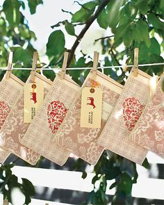 #wedding favors Bag of Recipes? maybe recipes of love, share family recipes as keepsake?