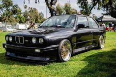 E30 ///M3 | Gold BBS...