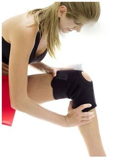 Doing hyperextended knee exercises will help strengthen the muscles that support your knee, making it easier to bear weight and get you back to moving normally. Moda Fitness, Fitness Diet, Fitness Motivation, Health Fitness, Fitness Legs, Easy Fitness, Cardio For Bad Knees, Hyperextended Knee, Combattre La Cellulite