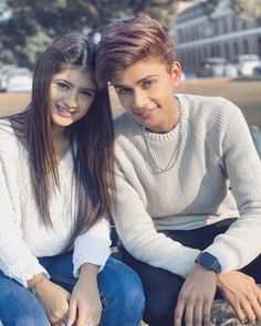 The real name of Lucky Dancer is Arhan Khan, he was born on September 2002 in a Muslim family in New Delhi. In his family, he is fondly called Lucky Cute Couple Selfies, Cute Couple Images, Cute Couples Photos, Stylish Girls Photos, Stylish Girl Pic, Romantic Couples Photography, Couple Photography Poses, Sister Photography, Attitude
