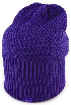 1ec9292b96f This warm and comfortable womens cuff knit golf beanie hat by Nike will  help you to keep your head focused on the game and not the cold!