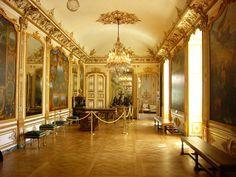 Une galerie du château de chantilly dans l'Oise.