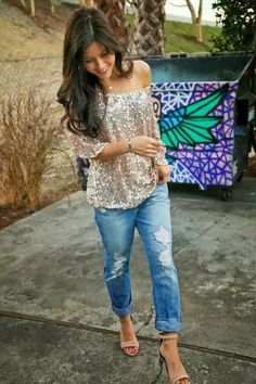 Distressed jeans: my current obsession! Need to get one!
