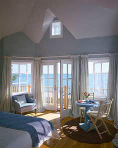Amazing Beautiful Beach Cottage Decor Ideas With Soft Blue Room Coloured With Beautiful Outside View Design