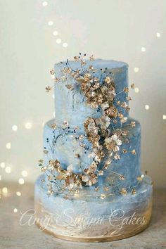 I wish I have on my wedding cake like this one :)
