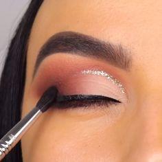 Brown Smokey Eye Makeup, Smokey Eye Makeup Tutorial, Eye Makeup Steps, Makeup Eye Looks, Eye Makeup Art, Blue Eye Makeup, Skin Makeup, Eyeshadow Makeup, Eye Tutorial