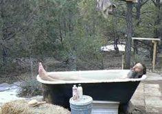 turn a vintage tub into an outdoor hot tub Rustic Outdoor, Outdoor Life, Outdoor Living, Outdoor Spaces, Outdoor Decor, Outdoor Bathtub, Outdoor Bathrooms, Clawfoot Bathtub, Bath Tub