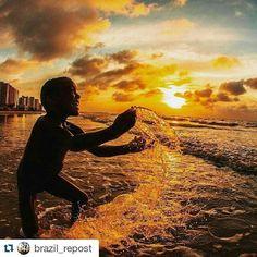 https://flic.kr/p/AxVYHw | A picture from my city, by one of her best photographers.   #SaoLuis #litoranea #calhau   #Repost @brazil_repost with @repostapp ・・・ Maranhão por @ruybarrosphotography.  ֹ➖➖➖➖:hea