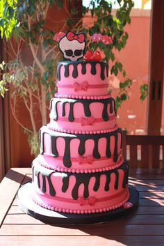 Tarta Monster High.