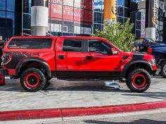 Check out this Black and Red 2014 Raptor. Stealth Fighter Running Board, and a Leer Truck Cap. Ford Raptor Truck, Silverado Truck, Chevrolet Silverado, Svt Raptor, Custom Trucks, Ford Trucks, Pickup Trucks, Ford Rapter, Ford 4x4