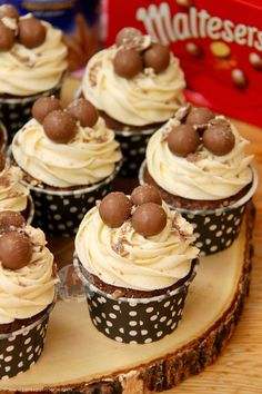 Chocolate Malt Cupcakes with Malt Buttercream Frosting.. The Perfect Malteser Cupcakes for any occasion! One of my favourite bakes (or rather.. Non-Bakes) has been myNo-Bake...