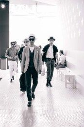LibertyShow (76) Knit World, Contemporary Fashion, Gallery, Men, Roof Rack, Guys, Modern Fashion