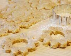 Sweet home : Küpsised kuusele panekuks Carb Free Recipes, Diabetic Recipes, Diet Recipes, Galletas Paleo, Paleo Cookies, Good Food, Yummy Food, Healthy Cake, Deserts
