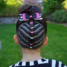 Another fun bun style 💗#braidsforlittlegirls #hairstylesforgirls #hairideas #hairstyles_for_girls #hotbraidsmara #inspirationalbraids #beyondtheponytail #longhairdontcare #tophairfeatures #cghphotofeature #sweetheartshairdesign #braidsbyu #featuremebraids #schoolhair #toddlerhair #bun #hotd #косы #косыдлядевочек #прическидлядевочек #brianasbraids