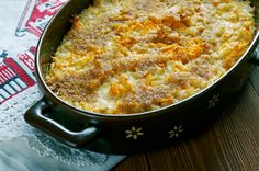 Porkkanalaatikko is a traditional Finnish carrot casserole served during the Christmas season. Topped with breadcrumbs, the crunchy texture elevates the savory taste of the carrots. Your guests are bound to love this Finnish classic. Carrot Casserole, Casserole Dishes, Casserole Recipes, Finnish Cuisine, Veggie Recipes, Cooking Recipes, Finnish Recipes, Scandinavian Food, Fish And Meat
