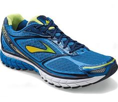 Got myself another new pair of running shoes, the Brooks Ghost 7. More necessary than luxery when you're running 4 to 5 times in a week.