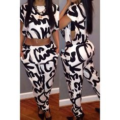 Stylish Round Neck Letter Print Short Sleeve Crop Top + Pants Twinset For Women