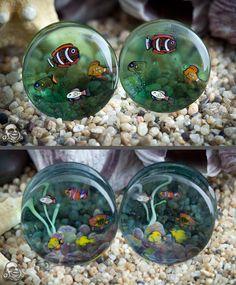 Aquarium plugs!! How freaking adorable are these?!