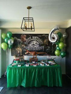 birthday party decorations Jurrasic world Birthday Party Ideas