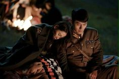 crash landing on you - hạ cánh nơi anh 2020 -son ye jin & hyun bin Hyun Bin, Jung Hyun, Jung Yong Hwa, Kdrama, Life In North Korea, Love Cast, Big Bang Top, Korean Drama Movies, Korean Dramas