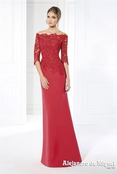 Trajes a medida 2016 I wore this dress to a M. Mother Of The Bride Gown, Mother Of Groom Dresses, Mothers Dresses, Gala Dresses, Quinceanera Dresses, Wedding Dresses, Evening Dresses, Fashion Dresses, Outfits