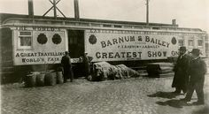 A train car used for equipment on Barnum & Bailey's Circus. Old Circus, Circus Train, Circus Theme, Vintage Circus, Circus Tents, Circus Cakes, Circus Birthday, Vintage Carnival, Circus Party