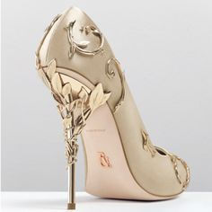 Ralph & Russo Pink/Gold/Burgundy Comfortable Designer Wedding Bridal Shoes Silk Eden Heels Shoes For Wedding Evening Party Prom Shoes Bridal Shoes Low Heel Ivory Bridal Shoes Sandals From Alegant_lady, &Price;