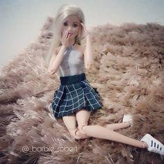 Boa noite!!  #barbie #barbiefashion #barbiestyle #barbielook #barbieglamour #barbiegram #barbieglam #barbiemattel #barbiedoll #barbiecollector #barbiecollection #barbiefashionistas #barbiefashionistas2015 #barbiefashionistas2016 #mattel #matteldolls #mattelbarbie #matteldoll #barbiephoto #barbiephotography #barbieworld #dollsofinstagram #dudewithdolls #instadoll #instabarbie #ilovebarbie