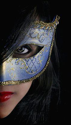 "Kevin Jonas: "" Hey guys let's have a masquerade ball:)"". Costume Venitien, Estilo Lolita, Mask Girl, Hidden Beauty, Carnival Masks, Venetian Masks, Masquerade Party, Masquerade Masks, Beautiful Mask"