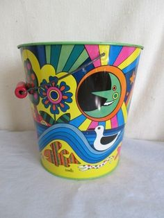 Vintage CHEIN PSYCHEDELIC SAND PAIL/BUCKET *Beach Toy